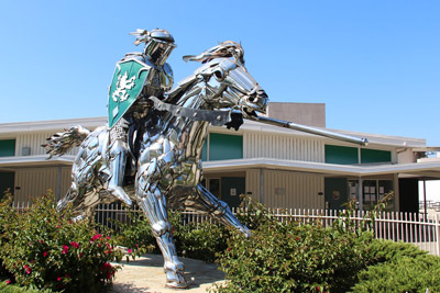Knight on horse statue - Thousand Oaks High School